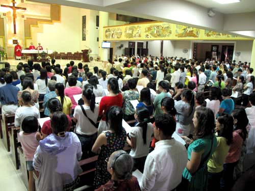 The first Mass in English at Saint Dominic Parish