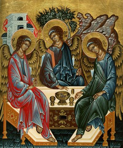 Phải làm 'Sáng Danh Thiên Chúa Ba Ngôi'
