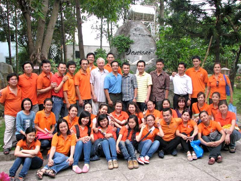 Ca đoàn Giới Trẻ - Tĩnh Tâm Truyền Thống 2012