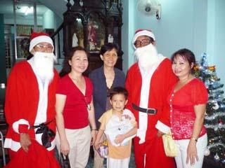 Noel 2009 : Thăm người già và neo đơn