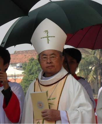 Đức cha Giuse Hoàng Văn Tiệm về với Chúa