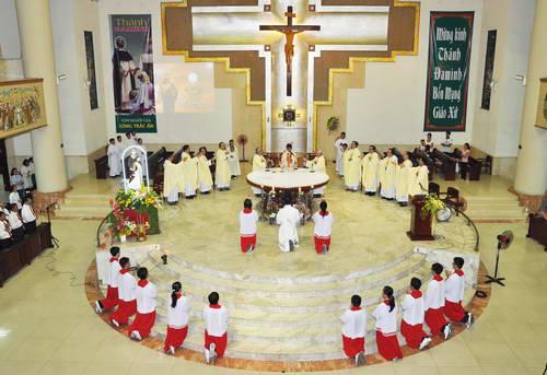 Video lễ Thánh Đaminh 08.08.2011
