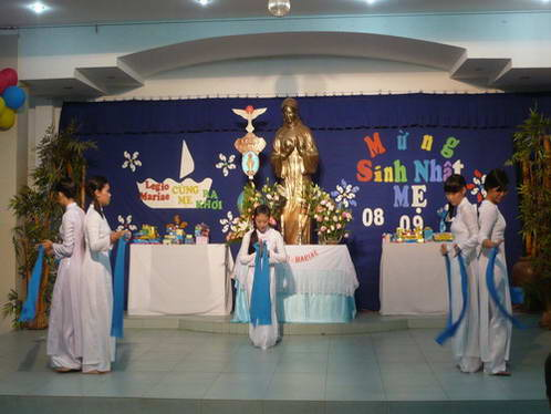 Đoàn Legio Mừng Sinh Nhật Đức Mẹ