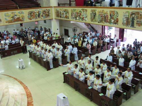 Giáo xứ Hiệp thông niềm vui với Dòng Đaminh