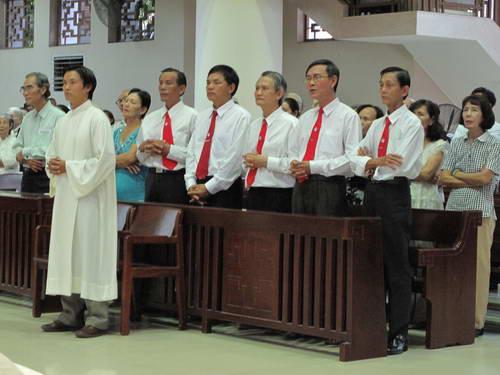 Giáo họ Vinh Sơn mừng Bổn mạng