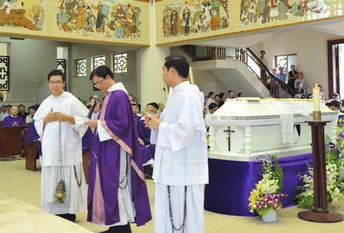 Thánh lễ An táng cha Giuse Đỗ Văn Chung, OP