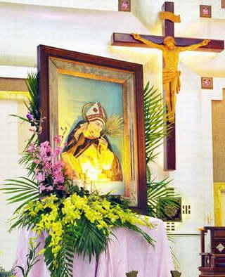 Tu viện thánh Anbêtô mừng lễ Bổn Mạng