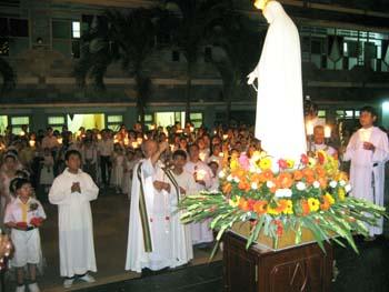 Một buổi lễ Mẹ Fatima ân phúc
