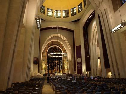 Ðền Thờ Thánh Giuse Montréal