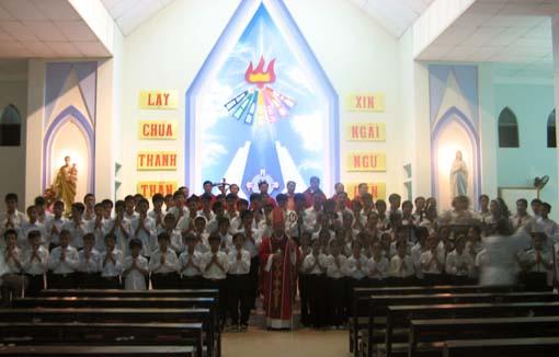 Mậu Đông: Thêm sức, Khởi công Thánh Đường