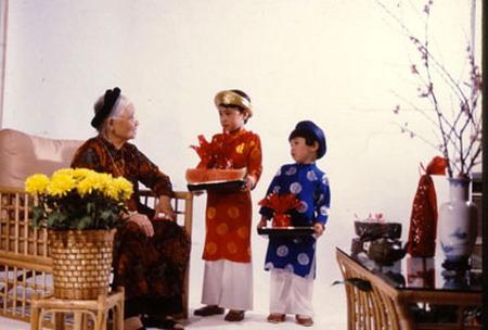 Mẹ - Người Thầy Đầu Tiên