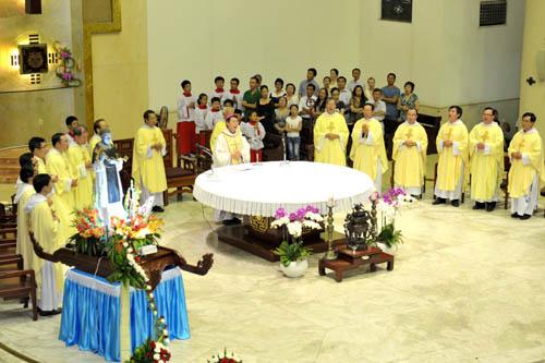 Video giảng lễ thánh Martinô (2013)